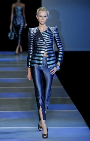 Armani-clothing-and-accessories-new-collection-spring-summer-image-6