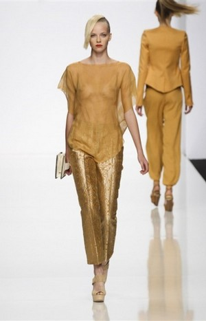 Byblos-clothing-for-women-new-collection-fashion-accessories-image-4