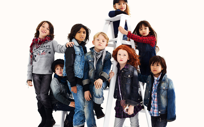 Guess-Kids-new-collection-fashion-for-boys-and-girls-trends-image-3