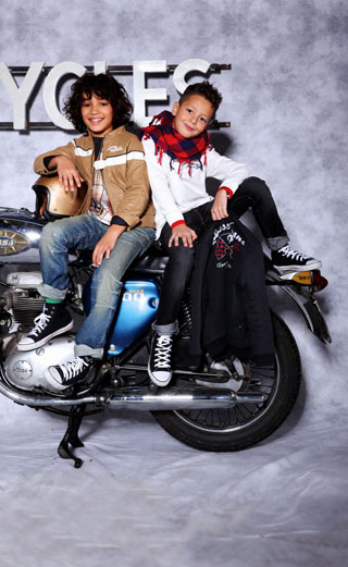 Guess-Kids-new-collection-fashion-for-boys-and-girls-trends-image-4