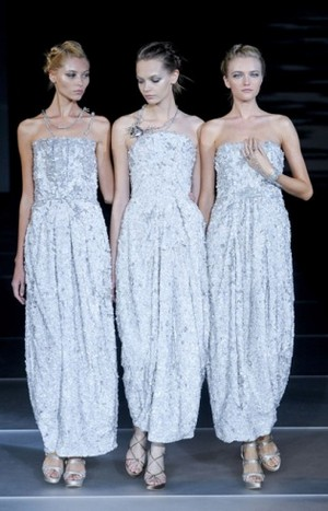 Armani-clothing-and-accessories-new-collection-spring-summer-image-1