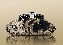 Bulgari-fashion-brand-guide-tips-collection-new-trends-bags-image-6