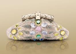 Bulgari-fashion-brand-guide-tips-collection-new-trends-bags-image-7