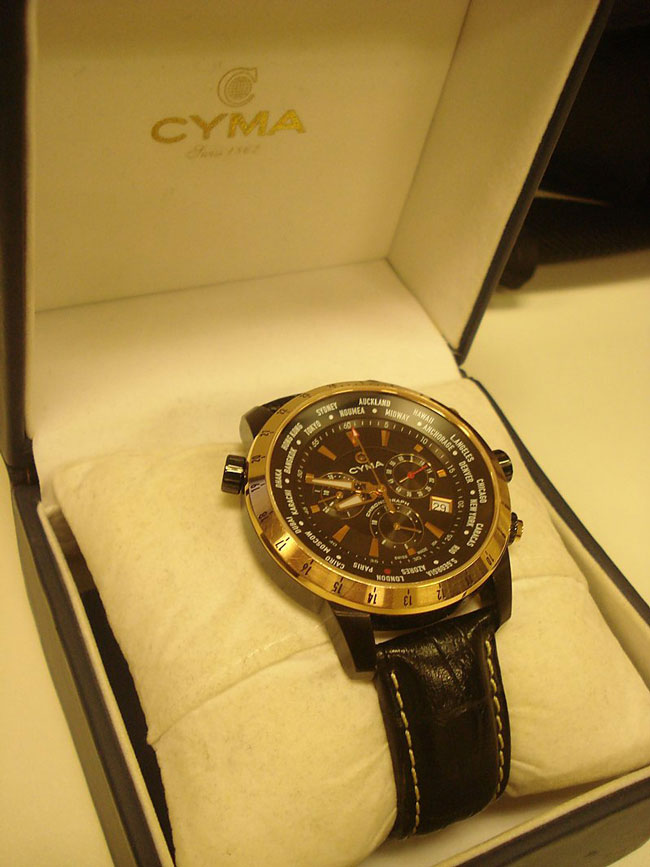 Cyma-Watches-fashion-brand-collection-trends-accessories-image-3