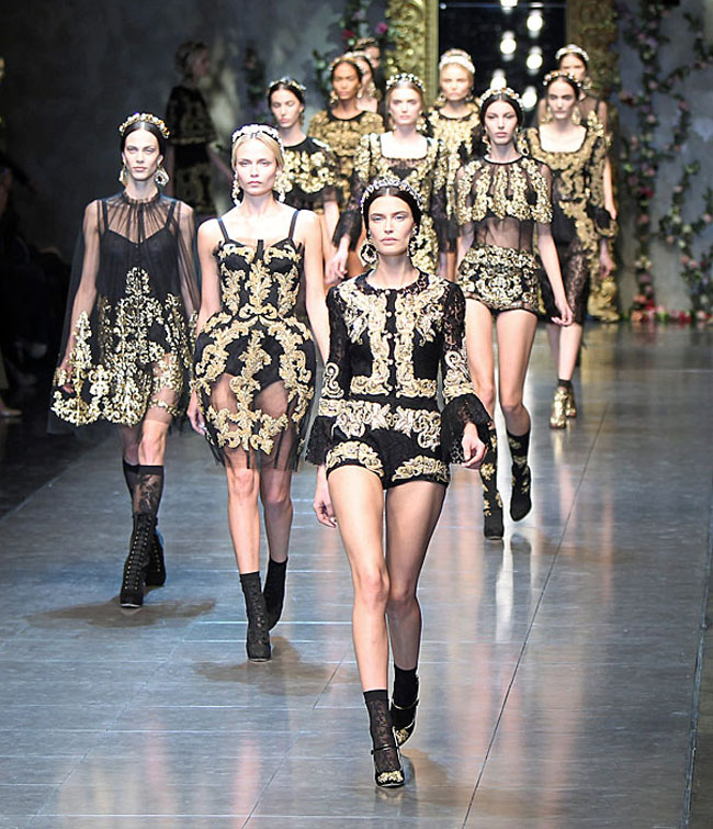Dolce--Gabbana-fashion-brand-collection-trends-accessories-image-4