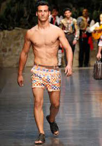 Dolce--Gabbana-fashion-brand-collection-trends-accessories-image-6