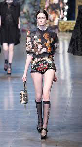 Dolce--Gabbana-fashion-brand-collection-trends-accessories-image-7