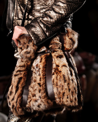 Fashion-Furs-trends-new-collection-fall-winter-clothing-image-4
