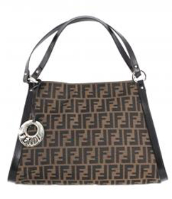 Fendi-bags-new-collection-fashion-fall-winter-trends-Italy-image-1