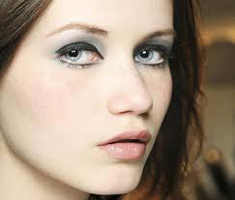 Guide-of-beauty-Chanel-haute-couture-new-trends-makeup-tips-image-1