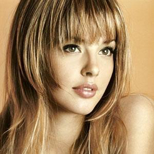 Guide-of-beauty-hairstyles-and-hair-cuts-for-round-face-image-2