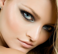 Guide-trends-of-beauty-for-makeup-women-look-Ice-Dreams-image-1