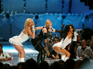 News-Britney-Spears-and-Christina-Aguilera-in-Madonna-Tour-2