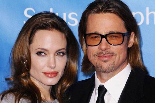 News-stars-surprise-marriage-Brad-Pitt-and-Angelina-Jolie