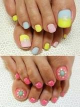 Recipes-and-beauty-tips-for-makeup-trends-summer-pedicure-image-1