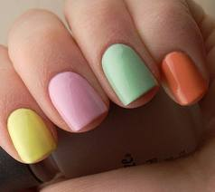Recipes-and-beauty-tips-for-makeup-trends-summer-pedicure-image-5