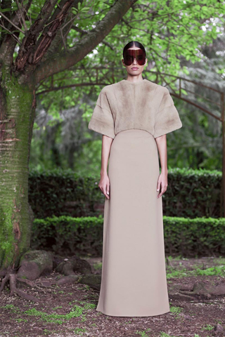 Givenchy-new-collection-autumn-winter-high-fashion-dresses-image-4