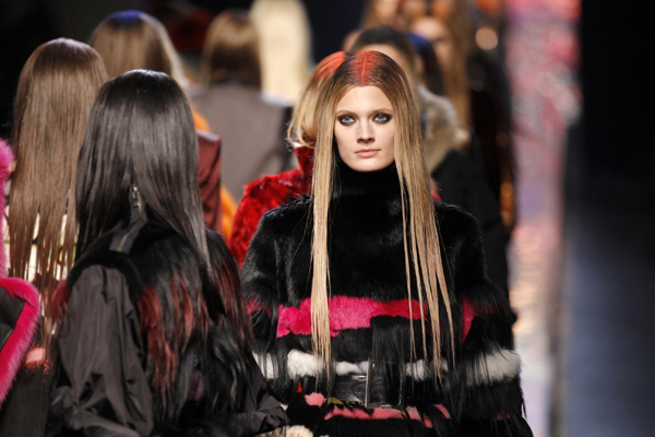 Jean-Paul-Gaultier-new-collection-autumn-winter-high-fashion-image-3
