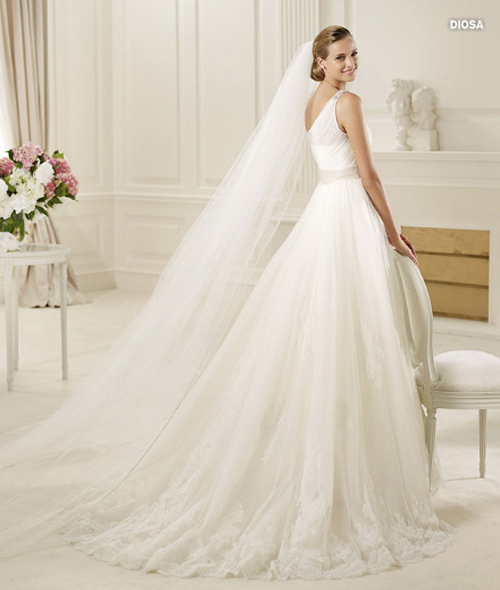 Last-collection-dresses-Pronovias-bridal-for-fashion-wedding-image-7