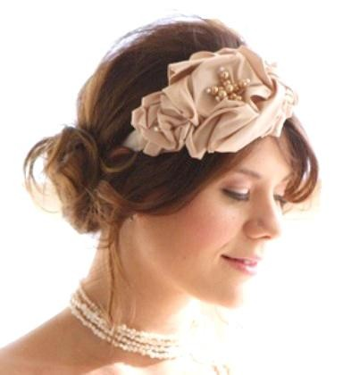 Latest-accessories-bride-dresses-with-new-bridal-hairstyles-image-4