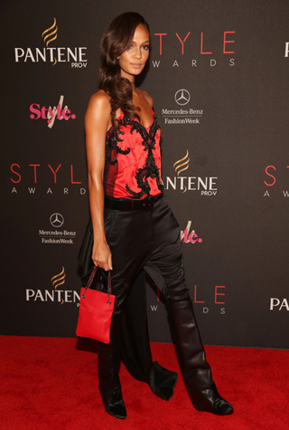 Lifestyle-celebrity-news-top-model-Joan-Smalls-in-Givenchy-image-7