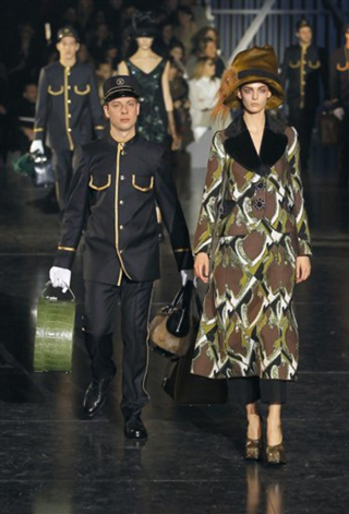 Louis-Vuitton-fashion-new-collection-Ready-to-Wear-clothing-image-4