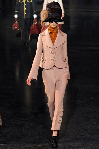 Louis-Vuitton-fashion-new-collection-Ready-to-Wear-clothing-image-6