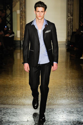 Moschino-for-men-new-collection-autumn-winter-fashion-trends-image-5