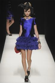 Moschino-new-collection-autumn-winter-high-fashion-dresses-image-2
