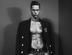 Versace-for-men-new-collection-fall-winter-fashion-trends-image-1