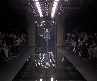 Video-Versace-for-men-new-collection-fall-winter-fashion-trends-image-2