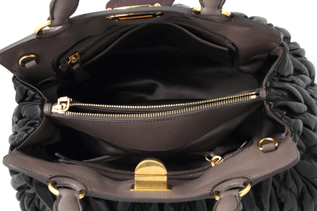 Bags-and-handbags-all-trends-fall-winter-leather-accessories-photo-6