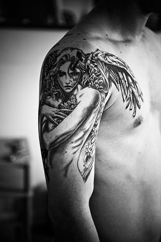 Tattoos-for-women-and-men-images-angels-and-fairies-meanings-6