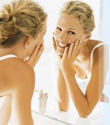 Beauty-tips-and-secrets-to-get-rejuvenate-the-skin-cleansing-image-1