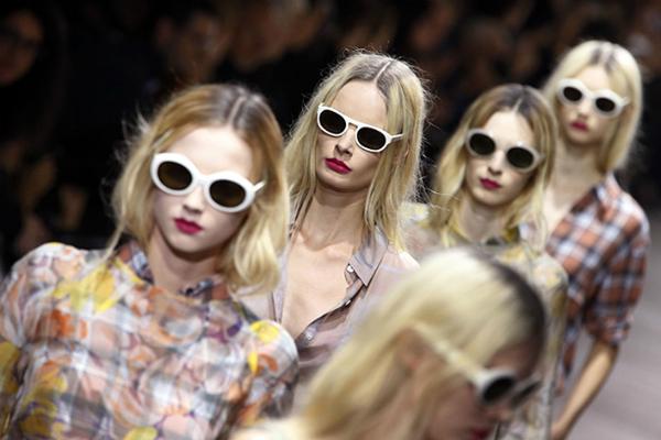 Dries-Van-Noten-for-women-collection-spring-summer-dresses-images-3