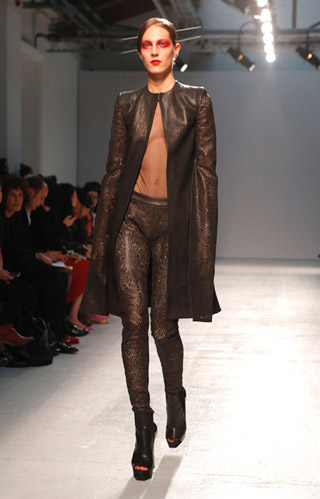 Gareth-Pugh-clothing-fashion-women-collection-spring-summer-image-7