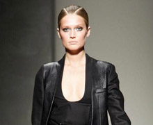 Gianfranco-Ferrè-fashion-women-new-collection-spring-summer-image-1