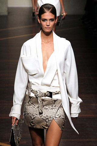 Gianfranco-Ferrè-fashion-women-new-collection-spring-summer-image-6