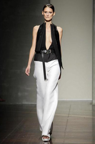 Gianfranco-Ferrè-fashion-women-new-collection-spring-summer-image-8