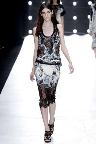 Roberto-Cavalli-fashion-women-new-collection-spring-summer-image-10