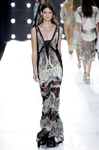 Roberto-Cavalli-fashion-women-new-collection-spring-summer-image-5