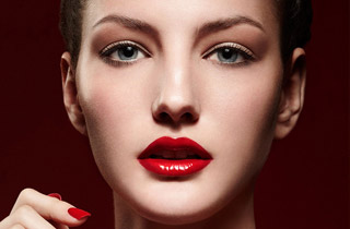 Tips-to-makeup-your-lips-with-new-trends-in-beauty-for-women-image-11