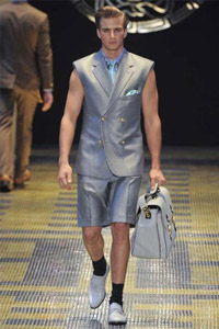 Versace-clothing-for-men-collection-spring-summer-fashion-image-2