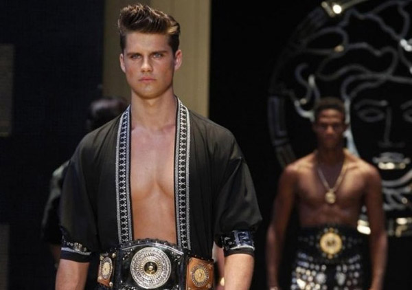 Versace-clothing-for-men-collection-spring-summer-fashion-image-3