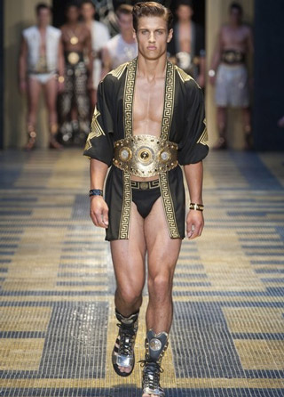 Versace-clothing-for-men-collection-spring-summer-fashion-image-4