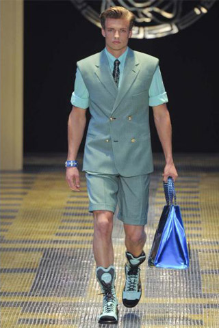Versace-clothing-for-men-collection-spring-summer-fashion-image-6