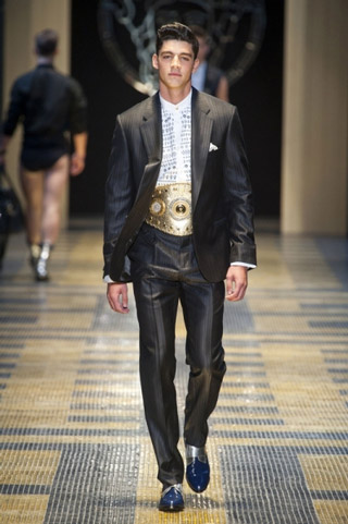 Versace-clothing-for-men-collection-spring-summer-fashion-image-7