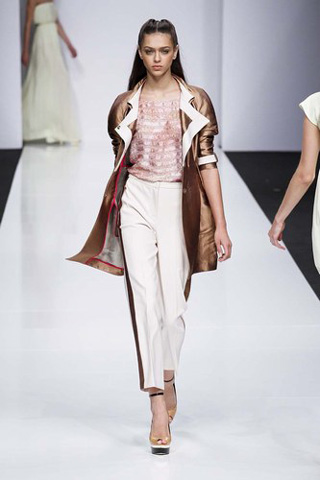 Byblos-new-collection-clothing-fashion-spring-summer-2013-image-11