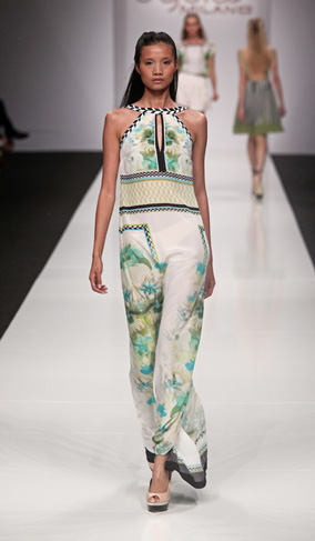Byblos-new-collection-clothing-fashion-spring-summer-2013-image-4
