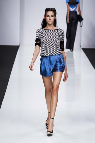 Byblos-new-collection-clothing-fashion-spring-summer-2013-image-5